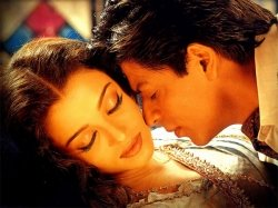 Devdas Unknown Fact Saishwarya Rai Kept Dancing With Bleeding Ear Shahrukh Khan Replaced Salman Khan