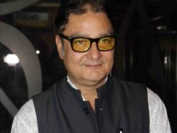 Happy Birthday Vinay Pathak 5 Times The Actor Left Us Floored With His Impressive Act