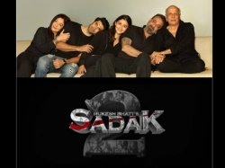 Sadak 2 Sanjay Dutt Pooja Bhatt Alia Bhatt And Aditya Roy Kapur To Star In The Film