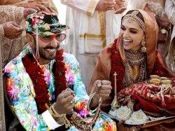 Deepika Padukone Ranveer Singh Wedding Pictures Becomes A Meme
