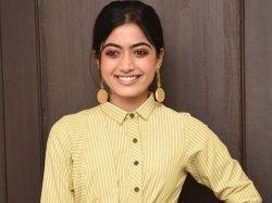 Rashmika Mandanna Act Opposite Varun Tej The Telugu Remake Jigarthanda