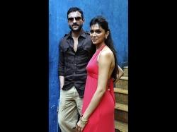 When Saif Ali Khan Took A Dig At Deepika Padukone For Wearing High Heels While Shooting