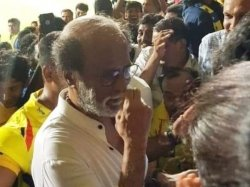 Rajinikanth Enjoys Ipl 2019 Is The Superstar Cheering Ms Dhoni Csk