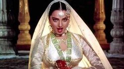 On Rekha S Birthday Here Are 5 Must Watch Films Of The Timeless Beauty