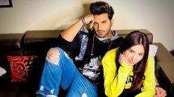 Paras Chhabra To Marry Mahira Sharma In 21 Days Pahira In Punjabi Film