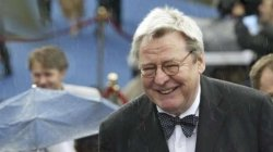 Alan Parker Director Of Midnight Express Evita And Bugsy Malone Passes Away At 76