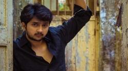 Mulgi Zali Ho Actor Yogesh Sohoni Robbed By Suv Driver On Mumbai Pune Expressway