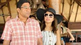 Hina Khan's Father Blocks Her Debit & Credit Cards