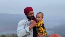 Salman Khan Bonds With Niece Ayat On Antim Sets
