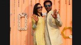 Karan & Nidhi Look Adorable At Mehendi Ceremony