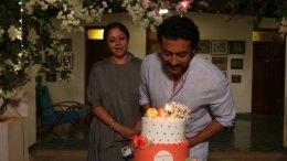 Suriya Celebrates His Birthday With Jyotika And Team ET