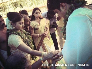 Pic: Shritha Sivadas Marries Her Boyfriend