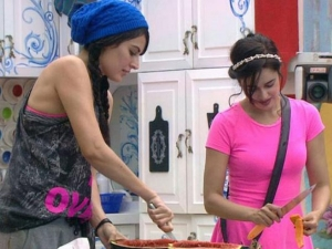 Bigg Boss 9 Sneak Peek: Yuvika Loses Cool With Mandana!