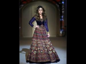 Not Priyanka or Deepika, Kareena Kapoor To Star In Sanjay Leela Bhansali's Gustakhiyaan