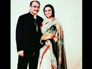 LOL! Rani Mukherji Makes Fun Of Her Husband Aditya Chopra At Home & Calls Him A 'Loser'