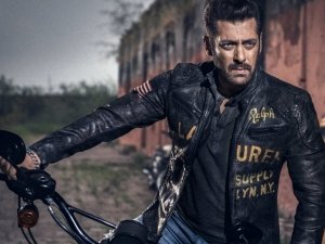 Race 3 Early Reviews: Even Salman Khan's Charisma & Star Power Fails To Ignite This Mess Say Critics