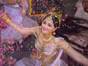 CONTROVERSY-Rudhramadevi Dialogues Targets T Fans?