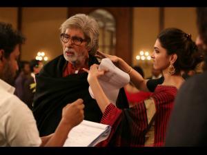 When Deepika Padukone Wanted To Choke Big B On Piku Sets