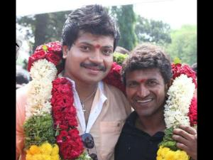 Tyson Movie Goes On Floors: Puneeth Claps For Vinod!