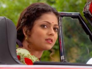 Ek Tha Raja..: Gayatri & Ranaji's Cars Almost Crash!