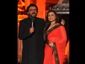 Here's How Rani Reacted What Asked About Padmavati Row!