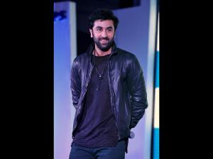 Ranbir Kapoor Drops A Major Hint About Shamshera!