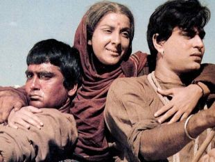 7 Old Classic Bollywood Movies Of All Time!