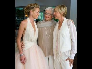 Adorable Pictures Of Ellen DeGeneres & Portia Di Rossi!