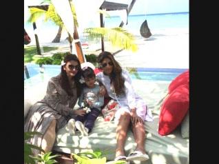 NEW PIC: Aish-Aaradhya's Beach Pics From Maldives!