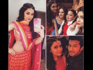 Swaragini's Tejaswi & Namish On Comedy Nights Bachao (PICS)