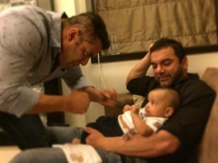 Cute! First Pic Of Salman From Iulia's B'day With Baby Ahil
