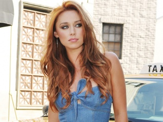 Una Healy Always Thinks About Her Kids