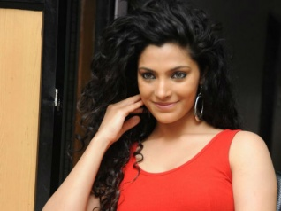 Shocking! Saiyami Kher Faced Casting Couch Before Her Debut?
