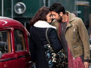 Ranbir-Aishwarya's New Still From ADHM!