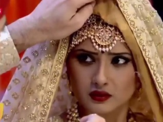 Kasam WEDDING PROMO: Tanuja Becomes Rishi's Bride!