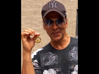 Akshay Reaches Out To Ailing Producer Of His First Film!