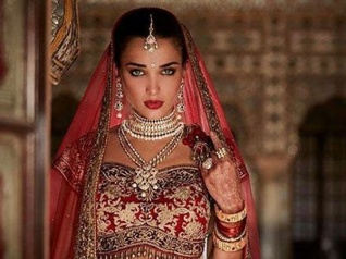 Amy Jackson's Bridal Avatar For Robot 2.0 Is Breathtaking!