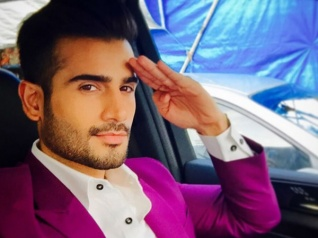 Karan Tacker To Co-host Nach Baliye With Upasana Singh!