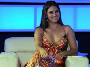 Lara Dutta To Play A Single NRI Mother In Her Next!