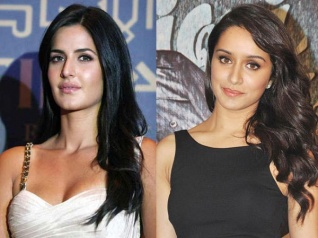 Shraddha Gives Katrina Kaif A Cold Shoulder At A Party!