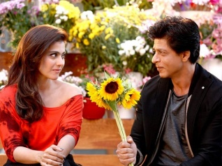 SRK & Kajol All Set To Recreate Magic On The Silver Screen?