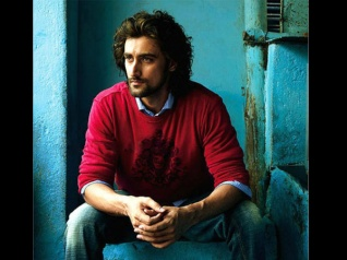 Kunal Kapoor Robbed On The Sets Of 'Gold' In Bradford!