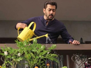 BB 11 First PROMO: Salman Gives Us A Glimpse Of New Theme!