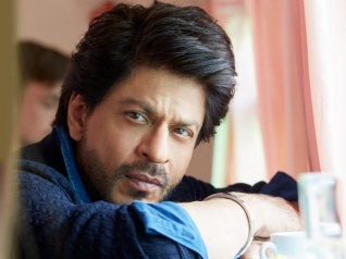 SRK Is WORRIED About His Career; Takes This MAJOR Step