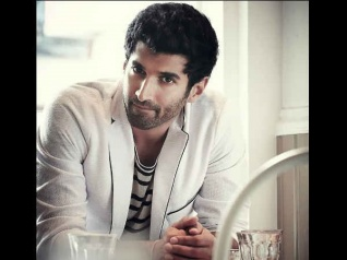 Aditya Roy Kapur Talks About Taking Fashion Risks!