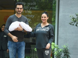 Esha Deol & Bharat Takhtani With Their Little Baby Girl!