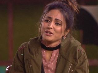 Bigg Boss 11: Did Hina Khan Just LEAK The CONTRACT?