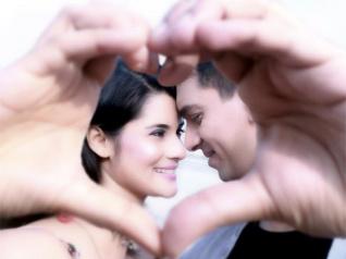 Shamin's Pre-wedding Photoshoot Pics Are Unique & Adorable