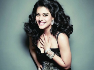 I Stand Up Whenever I Hear National Anthem: Kajol