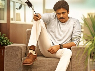 Agnyaathavaasi Box Office Collections: A Huge Opening